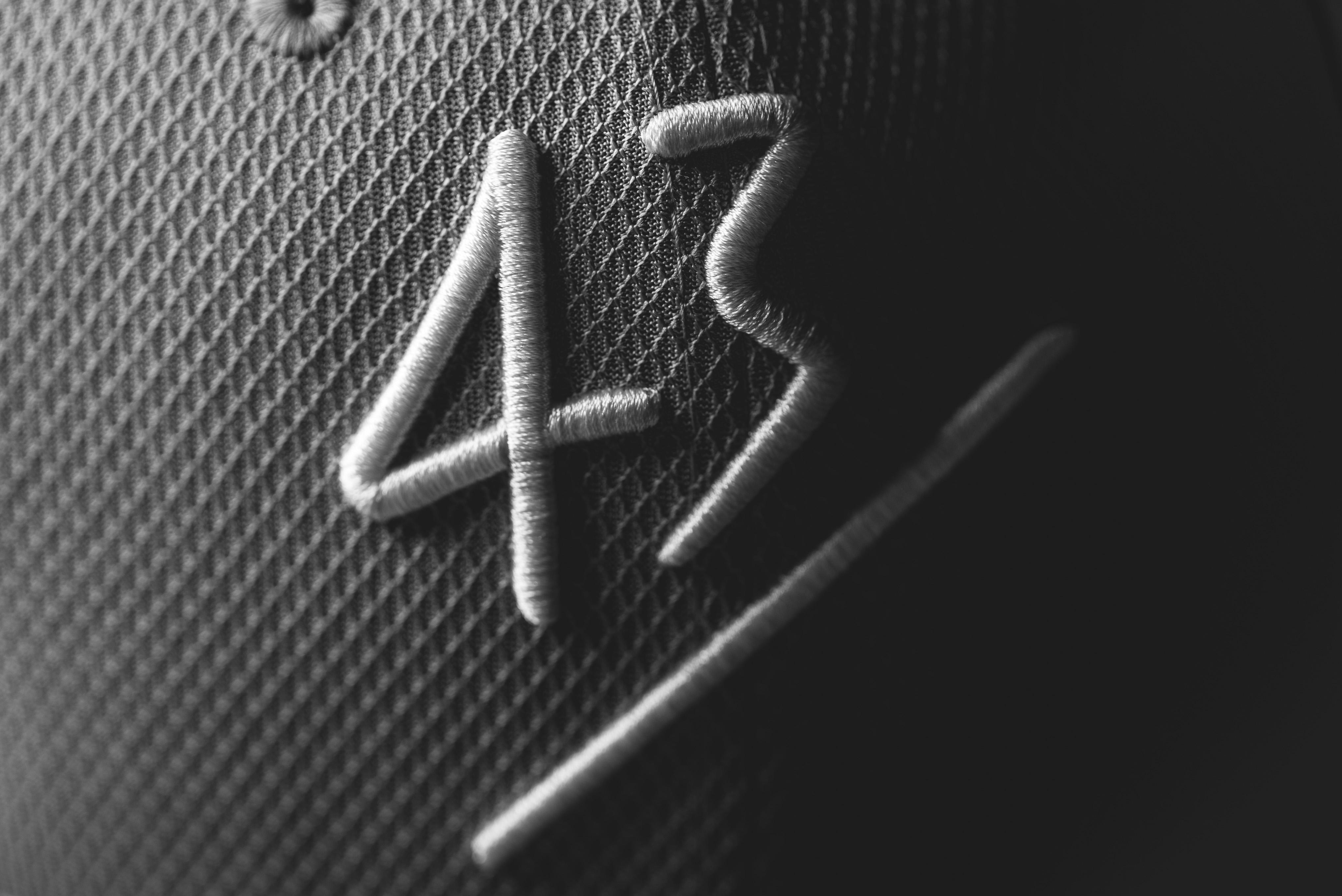 43einhalb x NewEra Equality
